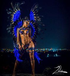 Mamma looking like a samba queen snack 🕶 . Carnival Fashion, Carnival Girl, Carnival Outfits, Rio Carnival Costumes, Carnival Makeup, Rihanna Carnival, Carribean Carnival Costumes, Trinidad Carnival, Caribbean Carnival
