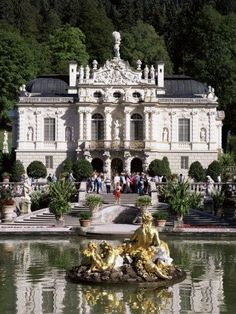 Linderhof Palace is a Schloss in Germany, in southwest Bavaria near Ettal Abbey. It is the smallest of the three palaces built by King Ludwig II of Bavaria and the only one which he lived to see completed. Oh The Places You'll Go, Places To Travel, Places To Visit, Beautiful Castles, Beautiful Buildings, Wonderful Places, Beautiful Places, Beau Site, Germany Castles