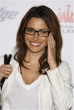 Beauty Tips for Girls with Glasses