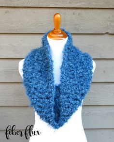 Fiber Flux: Free Crochet Pattern and Video - Rain Clouds Cowl. Super chunky.