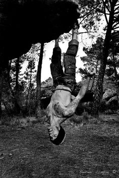 The truer meaning of hanging ten - Raul Santano - Albarracín http://www.flickr.com/photos/25170685@N02/5277170471/in/set-72157624827304454/