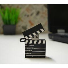 Para los amantes de las películas, este pendrive en forma de claqueta será un gran regalo