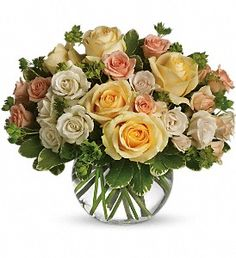 Order This Magic Moment NYC Flower Delivery-delivered from Starbright Floral Design, your local New York florist. Send This Magic Moment for fresh and same day flower delivery throughout New York, NY area. Birthday Flower Delivery, Same Day Flower Delivery, Holland Flowers, Love Flowers, Fresh Flowers, Exotic Flowers, Rosen Arrangements, Floral Arrangements, Charms