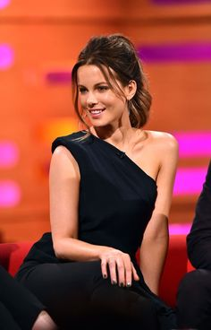 Kate Beckinsale ordered to 'work out' if she wanted a part in Pearl Harbour - http://vintagedesignerhandbagsonline.com/kate-beckinsale-ordered-to-work-out-if-she-wanted-a-part-in-pearl-harbour/