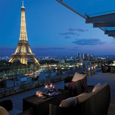 Romance in the City of Lights!  #Paris #romantic #getaway