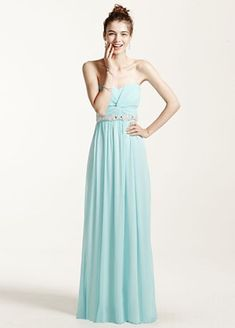 Reach prom queen status in this long and flowing prom dress from David's Prom. Style 8420DW3B.