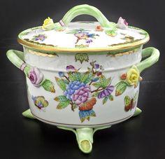 Herend Queen Victoria Biscuit Box Cookie Jar 6300 Butterflies Roses Handpainted | eBay      (849.00)