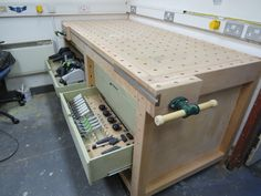 workbench with Festool storage woodworking bench woodworking bench bench diy bench garage workbench bench plans Tool Workbench, Building A Workbench, Workbench Designs, Mobile Workbench, Woodworking Workbench, Woodworking Workshop, Woodworking Shop, Woodworking Projects, Build Your Own Garage