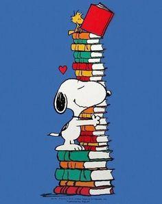 Snoopy ya tiene sus libros preparados para leer. Y vosotros? (ilustrción de Charles M. Schulz)