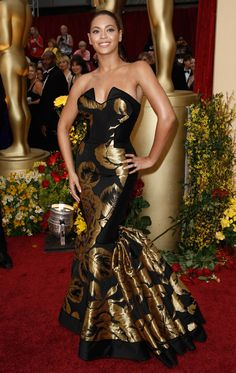 Beyonce Knowles Oscars red carpet 2009
