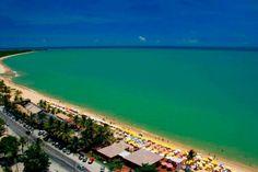 Praia de Taperapuan, em Porto Seguro. Visite o BrasilGuias