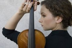 TCPalm: Violinist Hilary Hahn to perform Violin Photography, Teen Photography, Headshot Poses, Creative Shot, Classical Music, Musical, Photoshoot, Photo Ideas, Picture Ideas