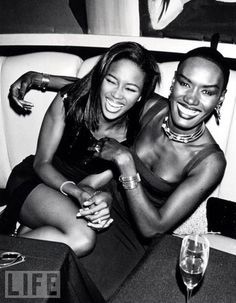 don't we all have supermodel friends? ;-) {grace jones  naomi campbell}