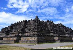 tempat wisata jawa tengah - candi Borobudur http://infojalanjalan.com/tiga-destinasi-tempat-wisata-jawa-tengah-yang-menarik
