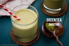 Matcha Green Tea Smoothie with banana and almond milk