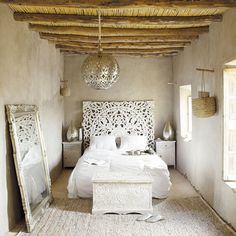 20 Ethnic Moroccan Bedroom With Modern Patterns patterns moroccan modern ethnic bedroom Bedroom Decor, White Headboard, Bedroom Inspirations, Beautiful Bedrooms, Interior Design, Home, Interior, White Interior, Home Bedroom