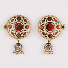 Mughal or Deccani | Pair of enamel earrings ~ Karn-hul ~ enamelled with red poppy flowers and green leaf details, and a seed pearl fringe | ca. 1700 | 168'750£ ~ sold (Sept '01)
