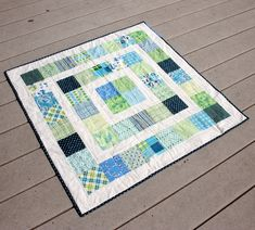 Another quilt along, you say? Didn't you just finish the Summer Sampler Series (and your quilt is still waiting for binding?) Why, yes! But this one is different! The quilt construction itse…