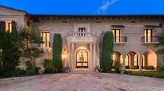 Home of the Day: Grand Italian mansion in Holmby Hills asks $45 million