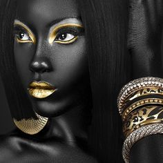 Check out this amazing Event I found on Gloocall: Black & Gold Closing Party Black & Gold Closing Party
