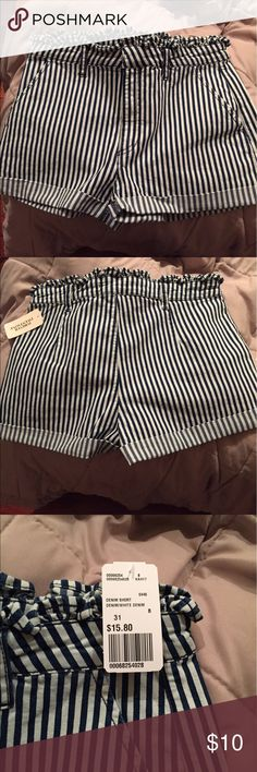 Shorts Super cute striped shorts with ruffle waist. Never worn new with tags Shorts Jean Shorts