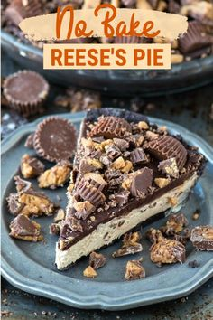 The best no bake reese's chocolate pie! Oreo crust, creamy peanut butter filling, chocolate ganache all loaded with peanut butter cups! Trifle Desserts, Just Desserts, Delicious Desserts, Dessert Recipes, Icebox Desserts, Famous Desserts, Party Desserts, Reese's Chocolate, Chocolate Pie Recipes