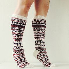 Ravelry is a community site, an organizational tool, and a yarn & pattern database for knitters and crocheters. Fair Isle Knitting, Knitting Socks, Hand Knitting, Knitting Patterns, Diy Crochet And Knitting, Wool Socks, Knitting Videos, Santa Baby, Knee Socks