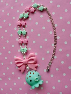 Necklace+with+a+kawaii+Takochu+pendant.    It's+made+with+plastic+star+beads+in+pink+and+mint+green,+fake+white+pearls+and+a+plastic+pink+bow.+Ending+with+a+silver+tone+brass+chain+and+rhodium+plated+clasp.    ♥+Pendant+size+approx.+3.0cm+x+3.3cm+tall  ♥+Necklace+length+approx.+50cm+/+20inch