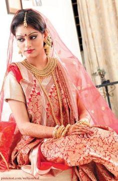 Five Classic Indian Silk Weaves for the Next Wedding Season Bengali Bridal Makeup, Bengali Wedding, Bengali Bride, Hindu Bride, Indian Bridal Wear, Pakistani Bridal, Saree Wedding, Bengali Saree, Leighton Meester