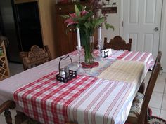 Tablecloth I made from vintage dishcloths!~~