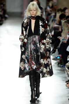 Preen by Thornton Bregazzi Fall 2016 Ready-to-Wear Collection Photos - Vogue