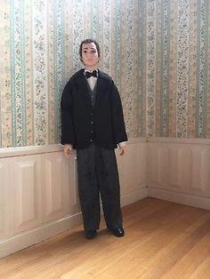 TALL-HANDSOME-MAN-1-12-Scale-Dollhouse-Miniature-Doll-by-Debra-Hammond-Poseable