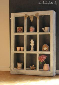 DIY Déco Récup   Une Fenêtre Transformée En Meuble étagère
