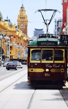 Free for everyone... The No 35 City Circle Heritage Tram. It circles the CBD (City Business District) .. Melbourne, Victoria, Australia