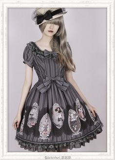 UPDATE: The pre-orders for Ista Mori ✙✪~Black Fairy Tale~✪✙ Skirt and OP will last till 14th August 2015 >>> http://www.my-lolita-dress.com/newly-added-lolita-items-this-week/ista-mori-black-fairy-tale-lolita-op-jsk-and-skirt