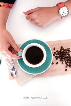 Find out 7 of the best drip coffee makers you could buy for yourself this year to make the perfect cup of coffee with balanced flavor Crafts To Make And Sell, Easy Food To Make, Best Drip Coffee Maker, Some Love Quotes, Free Facebook Likes, Budget Crafts, Cool Gadgets To Buy, Diy Wedding Cake, Diy Home Accessories