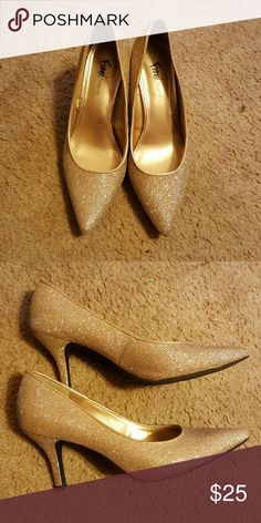 GOLD GLITTER HEELS! These are a true 7 1/2 and fit me well! Used only  TWICE! FIONI Clothing Shoes Heels