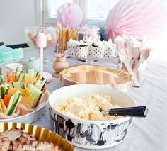 NO HOME WITHOUT YOU: SWEET PASTEL DECORATIONS