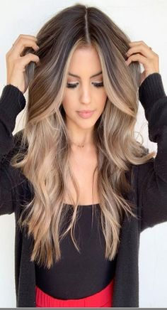 Long hairstyle Long haircuts Long hair ideas Wavy hair naturally long wavy hair wavy hair ideas wavy hair long curly wavy hair hairstyles wavy hair wavy hair balayage wavy hair styles brown wavy hair balayage wavy hair blonde wavy hair