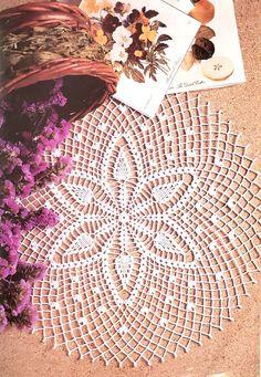 Crochet Pillow Pattern, Crochet Doily Patterns, Basic Crochet Stitches, Floral Patterns, Crochet Basics, Pineapple Crochet, Pineapple Pattern, Crochet Books, Crochet Gifts