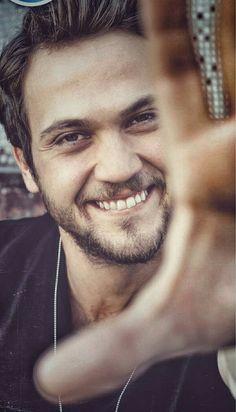 #arasbulutiynemli #eymer hurriyet.com Aras Bulut Iynemli Turkish Men, Turkish Fashion, Turkish Actors, Hot Actors, Actors & Actresses, Life Is Beautiful, Gorgeous Men, Models Men, Men Tumblr