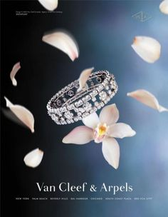 The Print Ad titled SNOWFLAKE was done by Avrett Free Ginsberg New York advertising agency for Van Cleef & Arpels in United States. It was released in Apr 2003.