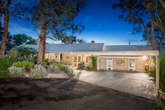 Fletchers Diamond Valley - 92 Reynolds Road, Wattle Glen - Chris Chapman...
