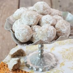 Whip up a batch of these easy Mexican Wedding Cookies for your ...
