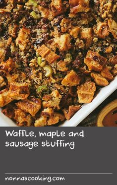 Waffle, maple and sausage stuffing Best Egg Recipes, Celery Recipes, Onion Recipes, Roast Recipes, Waffle Recipes, Side Dish Recipes, Egg Recipes For Breakfast, Delicious Breakfast Recipes, Breakfast Dishes