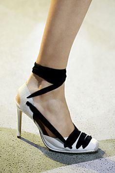 125 лучших пар обуви Недели моды в Нью-Йорке   Мода   VOGUE