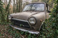 https://flic.kr/p/RJ5G2S   Mini Cooper 1300