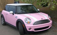 Jackie Leonhardt's MINI. MINI Beauty Parking gives fans' beautiful MINI a spot in the limelight at MINI United 2012.