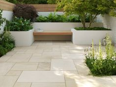 Large backyard landscaping ideas are quite many. However, for you to achieve the best landscaping for a large backyard you need to have a good design. Terrace Design, Patio Design, Garden Design, Small Courtyard Gardens, Small Courtyards, Backyard Patio, Backyard Landscaping, Pergula Patio, Screened Patio