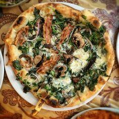 8 pizzas that haunt our dreams